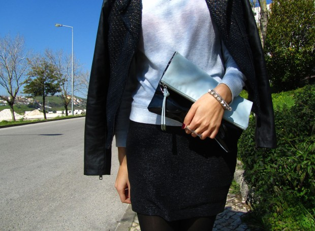 black-and-blue-blogger-outfit-style-and-expect-detail-1