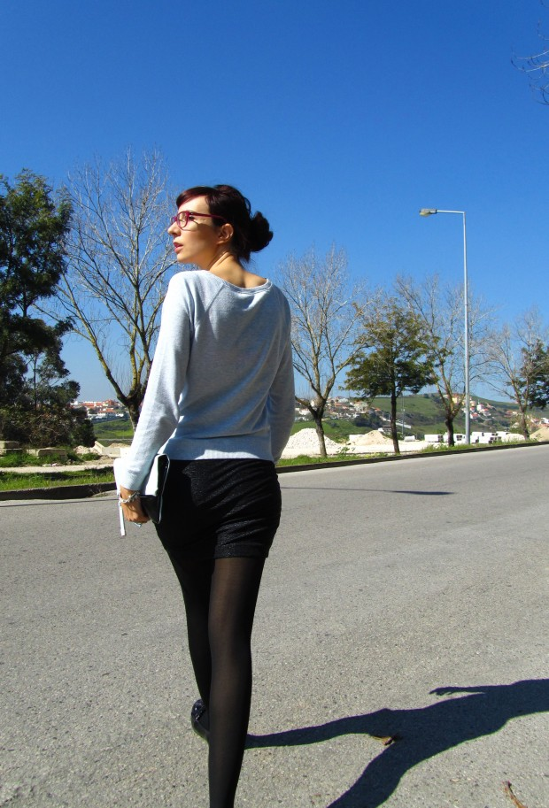 black-and-blue-blogger-outfit-style-and-expect