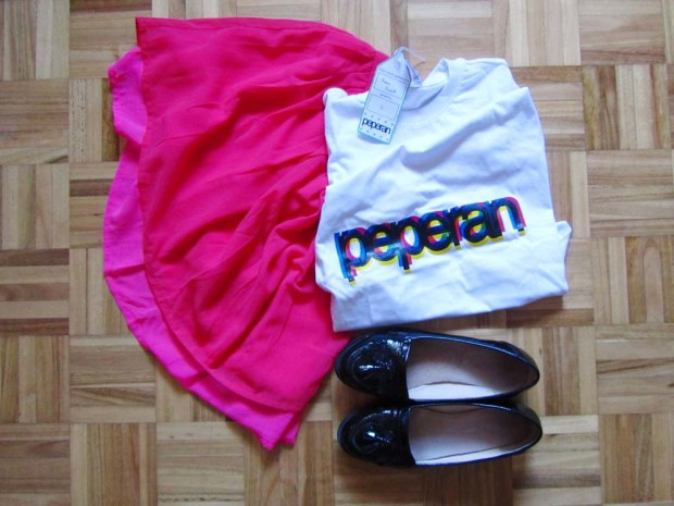 peperan-white-tee-hot-pink-skirt