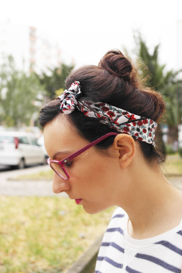 hairstyle, rockabilly, denim, shorts, navy, stripes, flowers, mixing patterns, fashion blogger, style and expect,