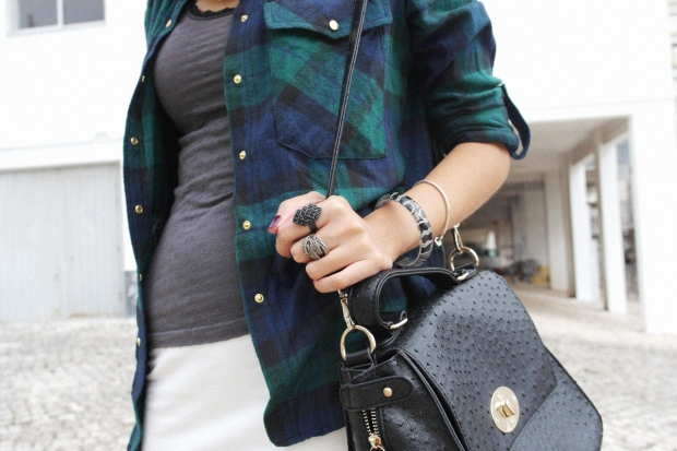tartan shirt, primark shirt, look du jour, fashion blog, lisbon blogger, style and expect, outfit, fall 2013, how to wear, grunge, black sneakers, nike black