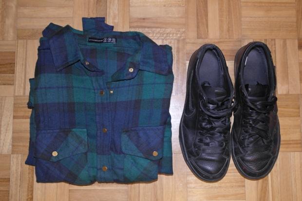 outfit set, tartan shirt, blue tartan, primark shirt, fall 2013 trend, black sneakers, nike sneakers
