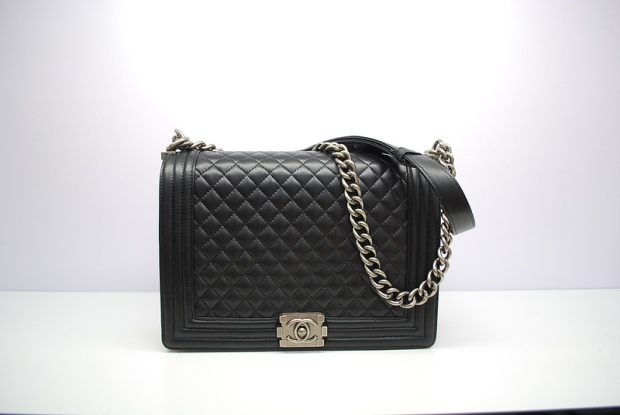 boy bag, chanel, quilted bag, classic bag, black chanel