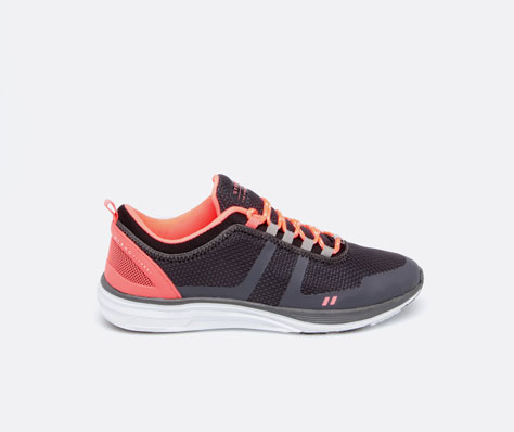 go for it, running, sports, oysho, sportswear, spring 2014, running shoes, neon, pink sneakers