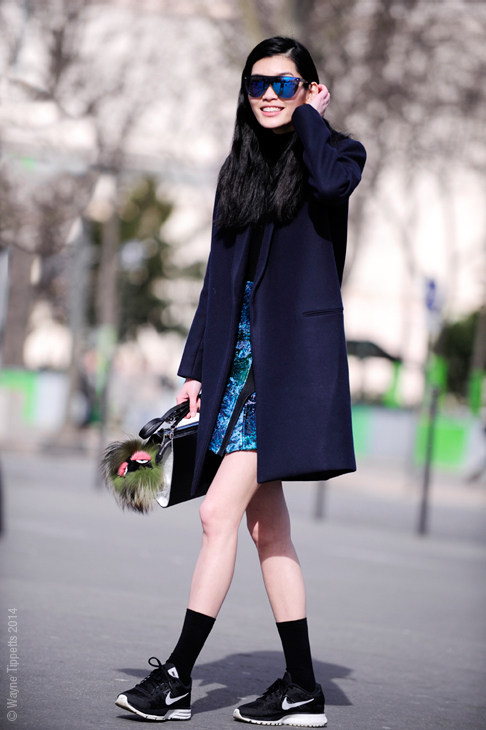ming xi, street style, running shoes, sports trend, nike air pegasus, blogger, how to style running shoes