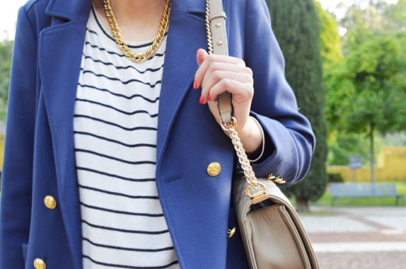 navy blue, navy trend, striped top, blue stripes, french inspiration, preppy look, blooger, style and expect, gold and blue
